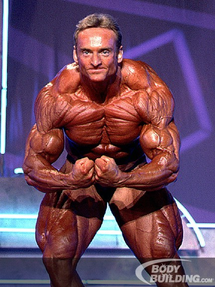 Andreas Munzer at 1995 Arnold Classic - Bodybuilder.com