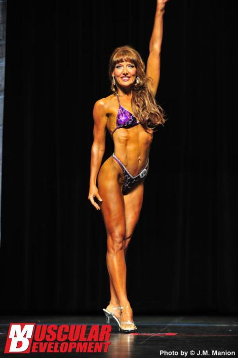 Lisa Traugott - Muscular Development Online Magazine