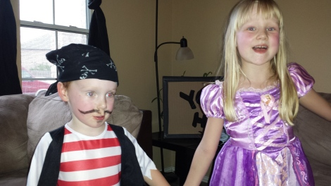 Little Henry and Rylee at the pirate and princess party